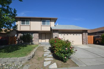 560 E Wigeon Way 4 Beds House for Rent Photo Gallery 1