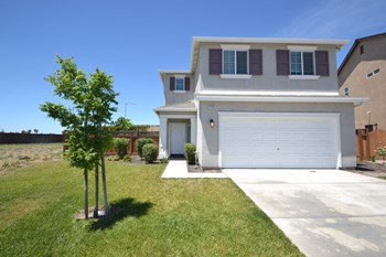 2799 Silhouettes St 4 Beds House for Rent Photo Gallery 1