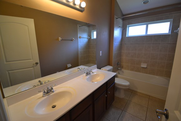 14833 Falling Waters Dr Photo Gallery 8