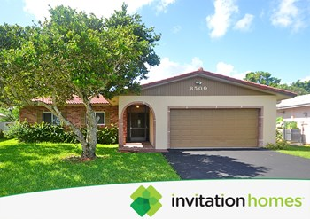 8500 NW 18th Place 3 Beds House for Rent Photo Gallery 1