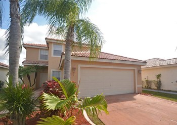 2507 SW 177th Ave 3 Beds House for Rent Photo Gallery 1