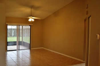 1632 Gentre Street 3 Beds House for Rent Photo Gallery 1