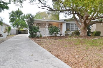 5029 16th Ave N 3 Beds House for Rent Photo Gallery 1