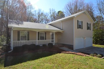 3248 Mountain Hollow Dr 3 Beds House for Rent Photo Gallery 1