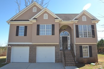 6786 Oakleigh Ct 4 Beds House for Rent Photo Gallery 1