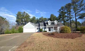 4513 Yorktown Dr 3 Beds House for Rent Photo Gallery 1