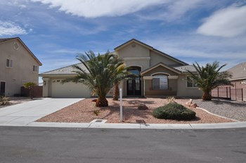 6225 RED PINE CT 4 Beds House for Rent Photo Gallery 1