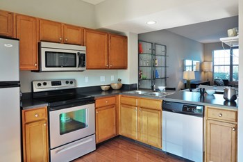8000 John Davis Drive 1-2 Beds Apartment for Rent Photo Gallery 1