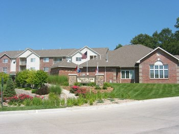 720 Valley View Drive 1-3 Beds Apartment for Rent Photo Gallery 1