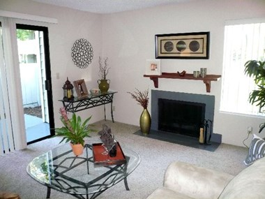 156 North Murrieta Blvd. 1-3 Beds Apartment for Rent Photo Gallery 1