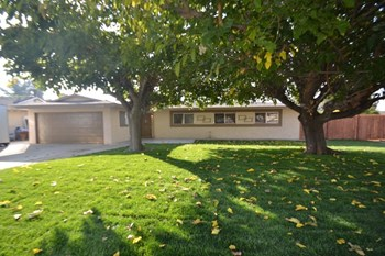 12428 Warbler Ave 4 Beds House for Rent Photo Gallery 1