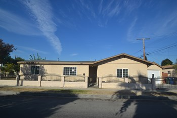 8407 Edna St 4 Beds House for Rent Photo Gallery 1