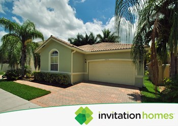 9450 NW 47 Terrace 3 Beds House for Rent Photo Gallery 1