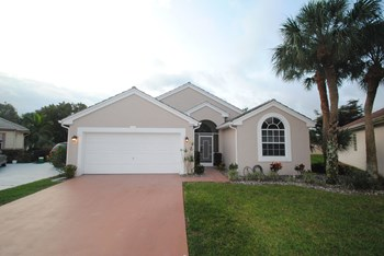 7526 Ironbridge Circle 3 Beds House for Rent Photo Gallery 1