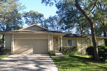 6209 Adina Lane 3 Beds House for Rent Photo Gallery 1