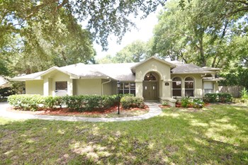 1456 Deer Lake Cir 4 Beds House for Rent Photo Gallery 1