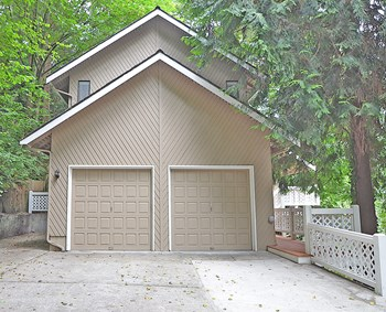 16216 N Meadowdale Rd 5 Beds House for Rent Photo Gallery 1