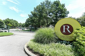 1810 West Wolfchase Circle 1-3 Beds Apartment for Rent Photo Gallery 1