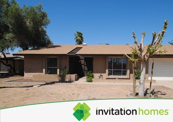 4502 W Beverly Ln 3 Beds House for Rent Photo Gallery 1