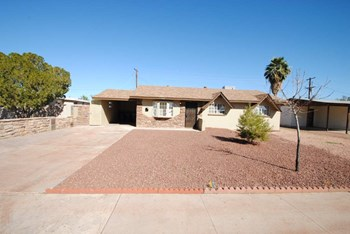 1320 W 7Th Ave 3 Beds House for Rent Photo Gallery 1