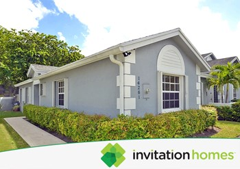 14261 SW 96th Terrace 3 Beds House for Rent Photo Gallery 1
