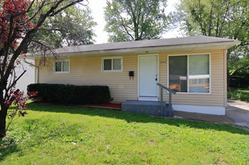 10564 Spring Garden 3 Beds House for Rent Photo Gallery 1