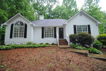 1965 Chadwick Dr 4 Beds Apartment for Rent Photo Gallery 1