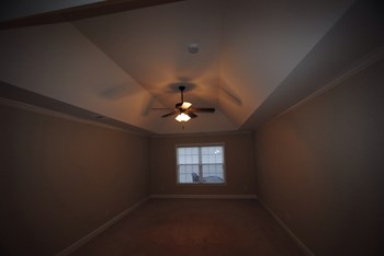 3310 Pebble Ridge Ln 4 Beds Apartment for Rent Photo Gallery 1