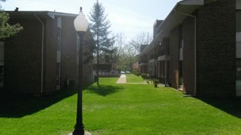 4427 Wilmington Pike 1-2 Beds Apartment for Rent Photo Gallery 1