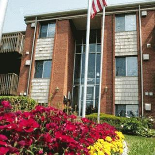 12000 Lawnview Avenue 2 Beds Apartment for Rent Photo Gallery 1