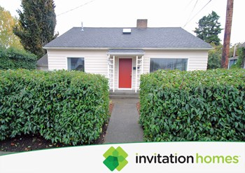 1812 24th Street 3 Beds House for Rent Photo Gallery 1