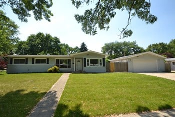 3905 Bluebird Ln 4 Beds Apartment for Rent Photo Gallery 1