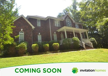 134 Overbrook Dr NE 4 Beds House for Rent Photo Gallery 1