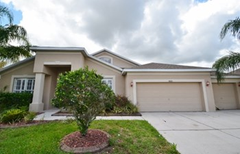 10321 Meadow Crossing Dr 4 Beds House for Rent Photo Gallery 1