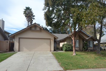 9017 Laguna Springs Way 3 Beds House for Rent Photo Gallery 1