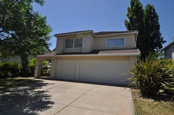 4912 Ridgeview Drive 4 Beds House for Rent Photo Gallery 1