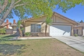 12926 Sunnyglen Dr 3 Beds House for Rent Photo Gallery 1