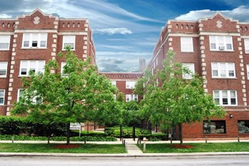 1828-38 W.  Lawrence/4805-4811 N. Wolcott 1-2 Beds Apartment for Rent Photo Gallery 1