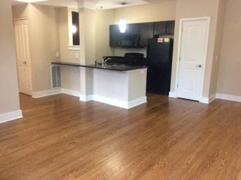 6116 Pershing Ave. 1 Bed Apartment for Rent Photo Gallery 1