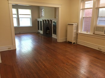 6132 Pershing Ave. 2-3 Beds Apartment for Rent Photo Gallery 1
