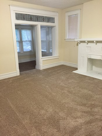 6176 Pershing Ave. 2 Beds Apartment for Rent Photo Gallery 1