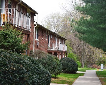 367 Fletchwood Road #C25 1-2 Beds Apartment for Rent Photo Gallery 1
