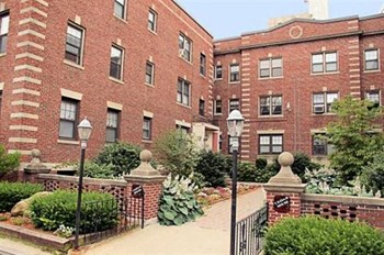 1,3 Cedar Street 1-2 Beds Apartment for Rent Photo Gallery 1