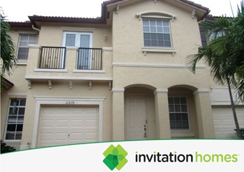 12878 SW 134th Street 3 Beds House for Rent Photo Gallery 1
