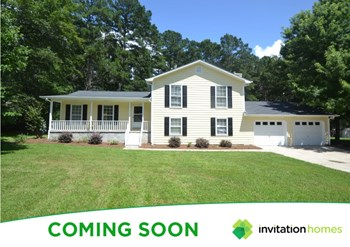 275 Country Squire Drive 3 Beds House for Rent Photo Gallery 1