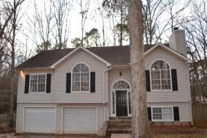 30 Valley Brook Dr 3 Beds House for Rent Photo Gallery 1
