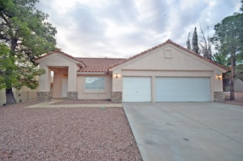677 Scenic Tierra Ln 4 Beds House for Rent Photo Gallery 1