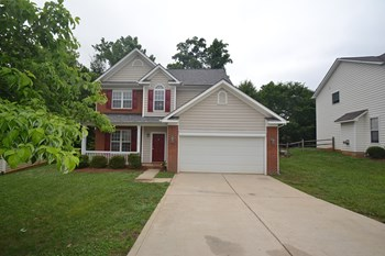 12128 Old Willow Rd. 3 Beds House for Rent Photo Gallery 1