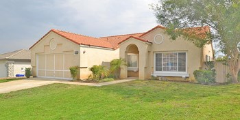 2831 La Morada Dr 3 Beds House for Rent Photo Gallery 1