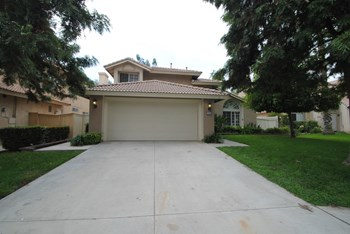 7900 Valencia Ct 4 Beds House for Rent Photo Gallery 1
